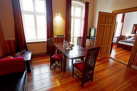 Hotel Berlin Apartment Esszimmer