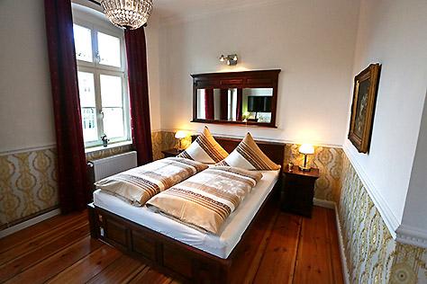 Hotel Berlin Standard Zimmer Doppelbett