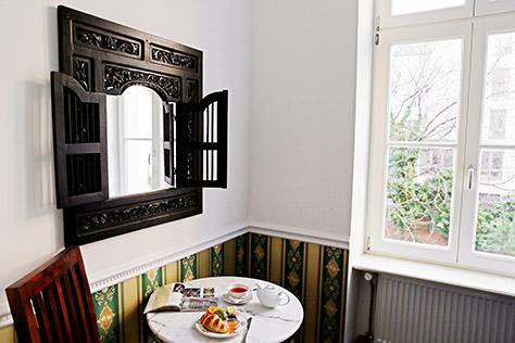 Hotel Berlin Studio Zimmer Sitzecke