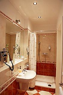 Hotel Berlin Studio Zimmer Bad